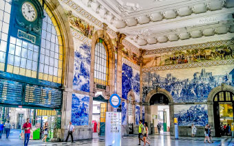 Central Sao Bento railway station in Porto, Portugal
